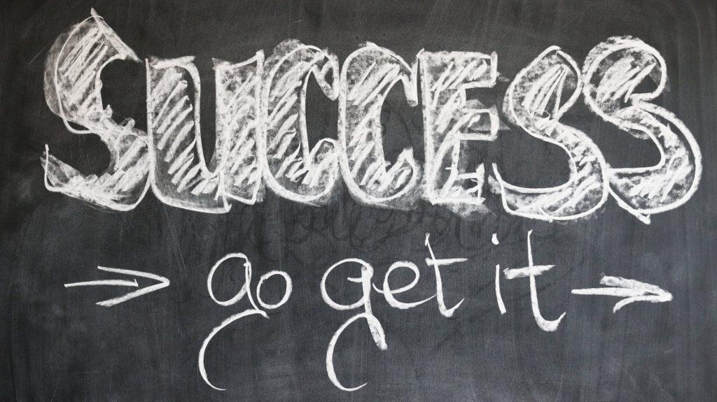 <b>Skuteczna nauka języka angielskiego - 10 kroków do sukcesu</b>